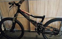 """Mongoose Nugget Bike 26"""" M/L schwarz orange"""
