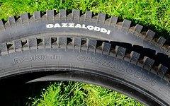 Nokian Gazzaloddi 26 x 2,6 mit DH-Schläuchen
