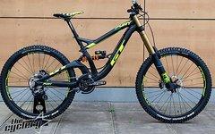 GT Fury Team Downhill Bike | Größe S | UVP 6.799 €