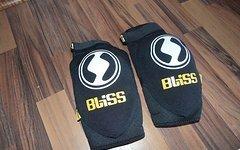 Bliss Classic Elbow Pad Bliss Ellen Protektoren Größe M  Neuwertig