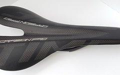 Carbon Sattel *schwarz matt* nur ca. 99g Vollcarbon, lackiert
