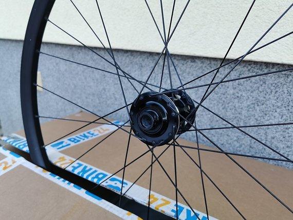 """Giant XC1 Laufradsatz 27,5"""" Boost - Schimano Freilauf"""