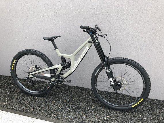Santa Cruz V10 29''