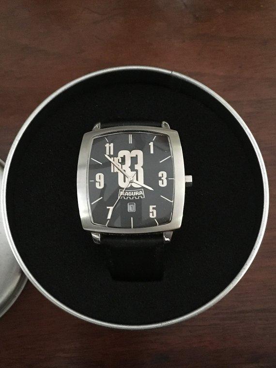 Magura HS33 Uhr Armband Uhr seltene Sondermodel Quarzuhr Magura HS 33 Uhr OVP Retro, Kult