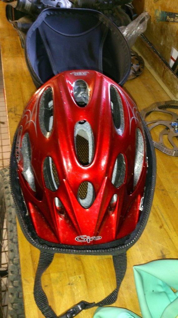 Giro Xen Limited Größe M mit Helmtasche