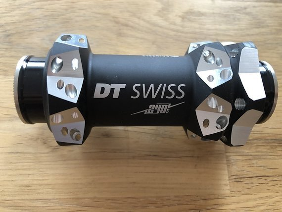 DT Swiss 240s Nabe RS1 Predictive Steering