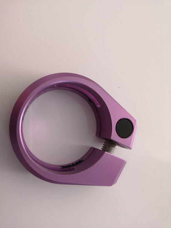 Nukeproof Sattelklemme 34,9 eloxiert by Madline purple