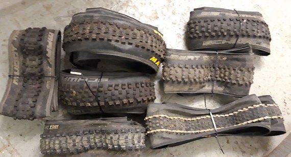 """Schwalbe Maxxis ONZA Enduro Reifen Paket 26"""""""