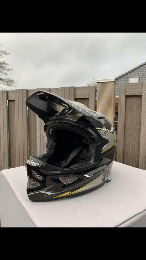 Troy Lee Designs D3 Carbon MIPS Helm L **TOP** inkl. GoPro Mount