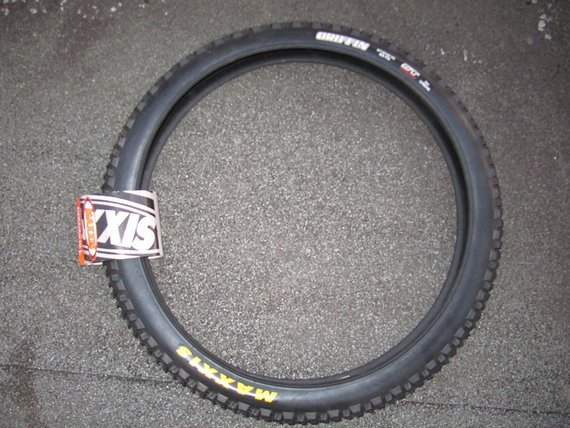 Maxxis Griffin Super Tacky Reifen