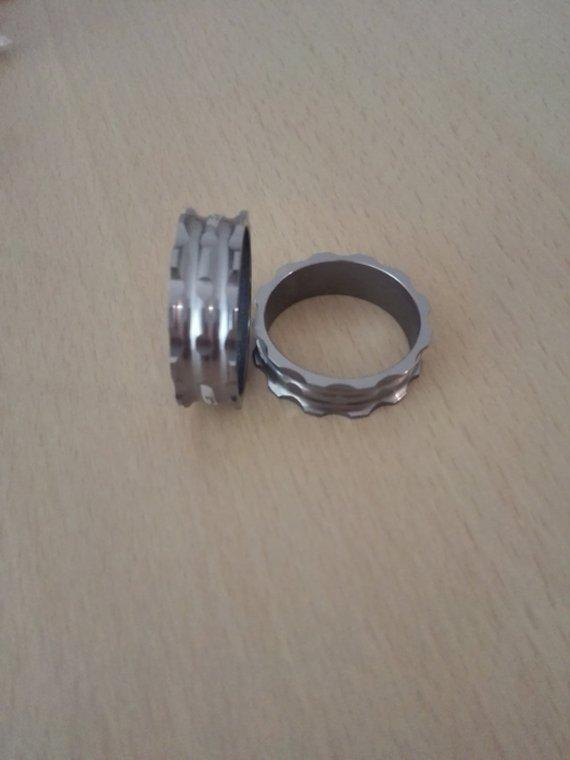 Spacer alu ,neu 2st. 10 mm ,Grau