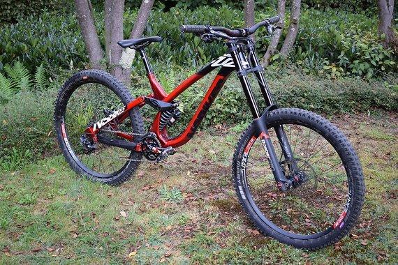 NS Bikes Fuzz 2018 DH Gr. L