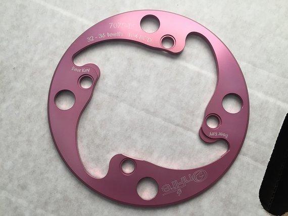 Onfire bashguard BCD 104 Pink für 32-36 Zähne Kettenschutz Bash Guard