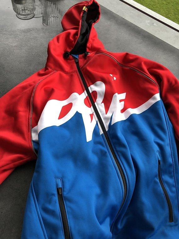 Dowe-Sportswear Active Jacket L NEU