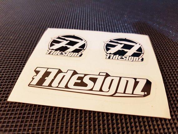 77Designz 3er Sticker Set