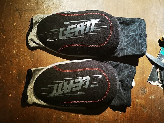 Leatt Elbow Guard 3DF L/XL wie neu