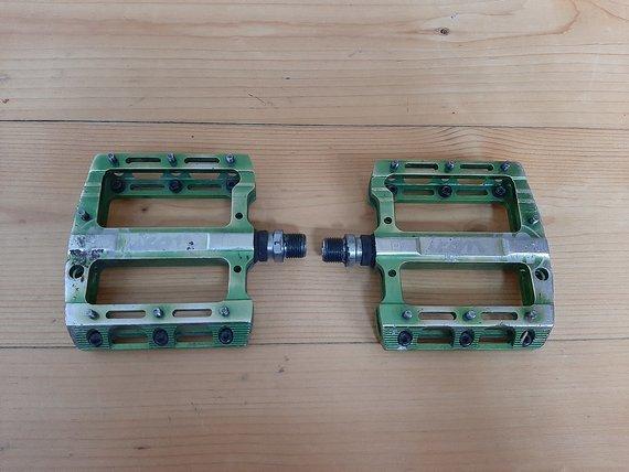 Sixpack ICON Al grün eloxiert