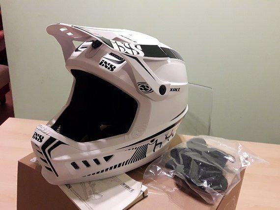 IXS XACT Helm 2016