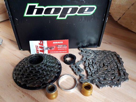 Hope Kassette 10-24 7-fach + Kette