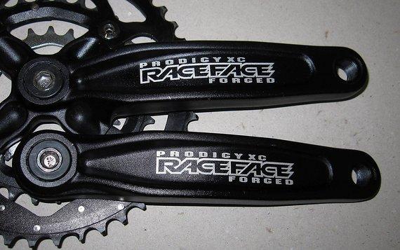 Raceface Prodigy XC Kurbelsatz mit 3-fach Kettenblättern, sehr wenige km