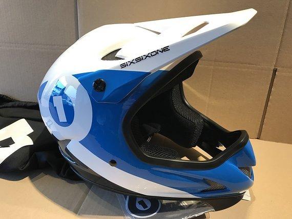 661 SixSixOne Rage CARBON Fullface Helm Gr. S *NEU*