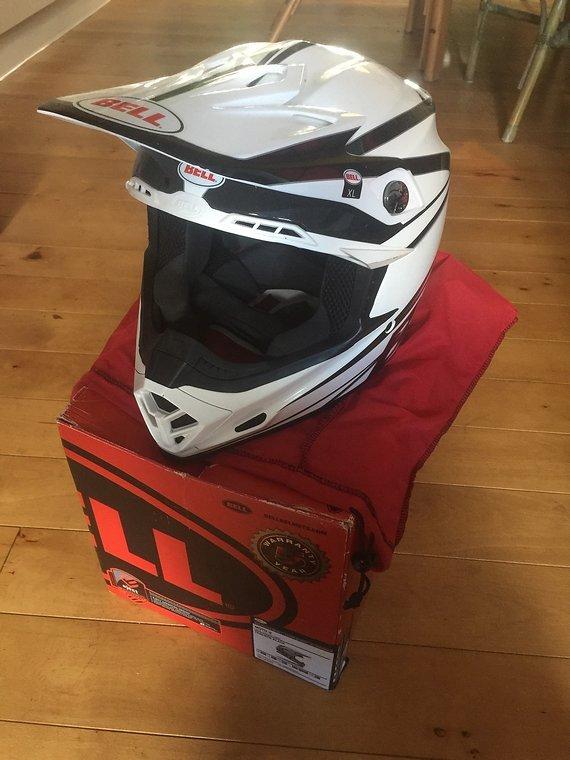 Bell Moto 9 XL Helm