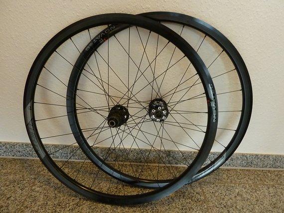 Novatec Disc 30 Laufrdsatz Cyclocross / Gravel / Rennrad