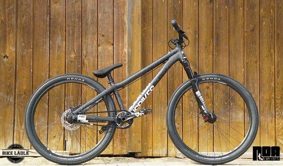 NS Bikes Decade Custom Pumptrack/Dirt/Street/Skatepark Bike , Noa 120 Klicks ,Sram Level ,Spank Spike ,Rock Shox Pike DJ ,NS Fundamental,Kenda