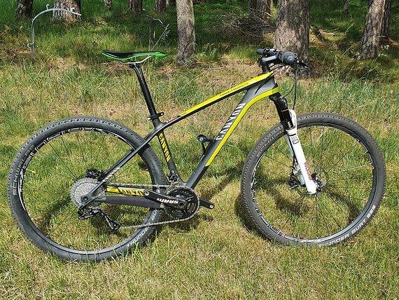 Canyon Grand Canyon CF SLX 29 MTB aus 04/2019 Carbon Mountainbike