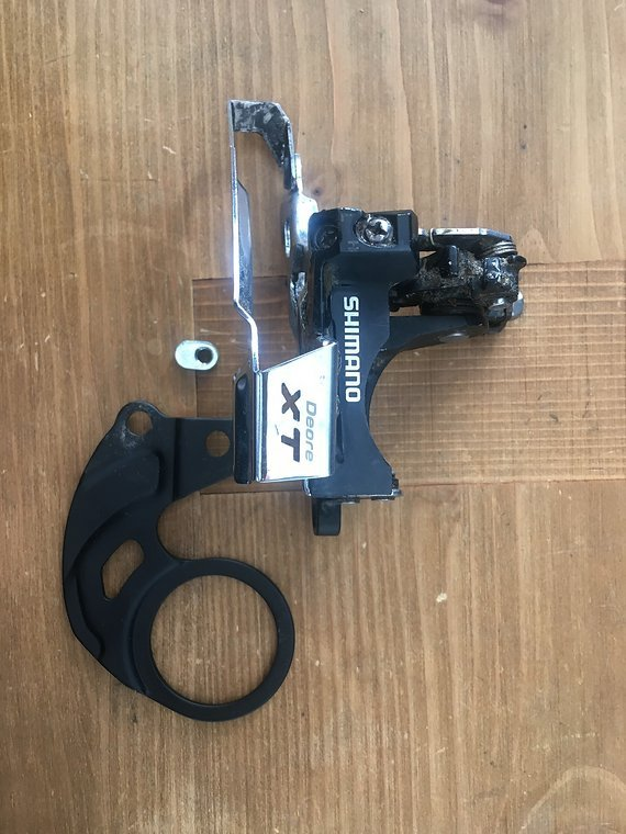 Shimano XT FD-M770 with BB plate