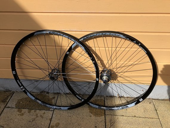 American Classic Wide Lightning 29 Tubeless Boost