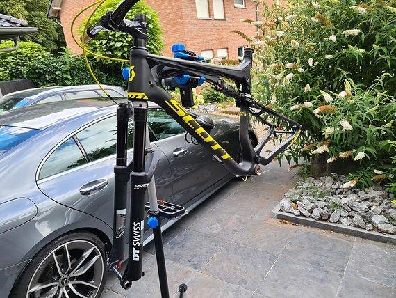 Scott  Spark  Rc 700 Xl Rahmenset Dt Swiss  Carbon Scott  Spark  RC  700 XL Rahmenset DT SWISS  CARBON