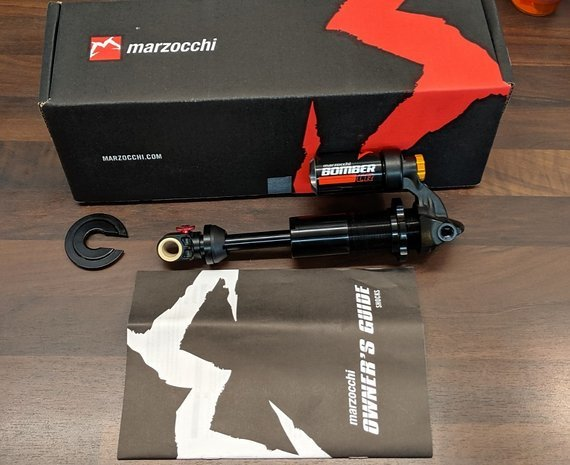 Marzocchi Bomber CR Trunnion 205mm x 60mm