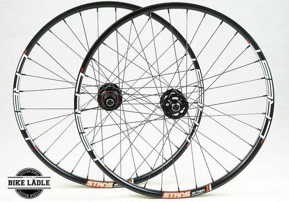 Notubes Crest MK3 Laufradsatz mit Noa-Bl-Evo-3 Naben /Bike-Lädle Laufradbau / Noahubs
