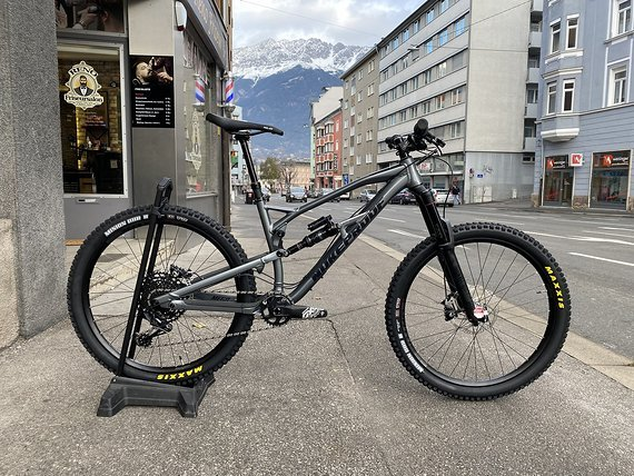 "Nukeproof Bikes Mega 275 2020 Custom Build Größe ""M/L"" *NEU*"