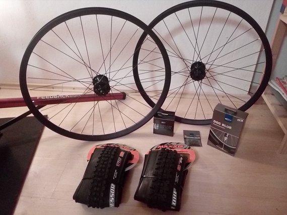 DT Swiss - Hope Pro 4  custom handbuild Laufradsatz, NEU !!
