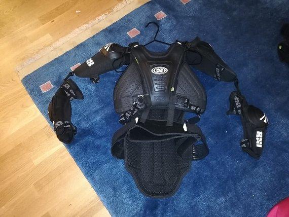 IXS Cleaver Jacket Oberkörperprotektor