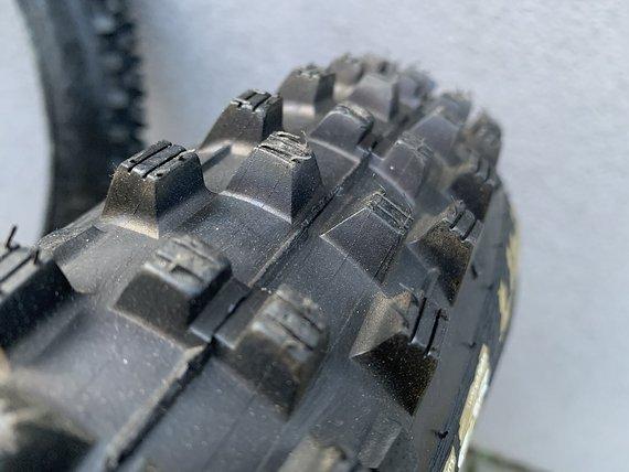 Schwalbe Dirty Dan 27.5x2.35 (EVO, TLE, VertStar, SG), 2 Stk. NEU