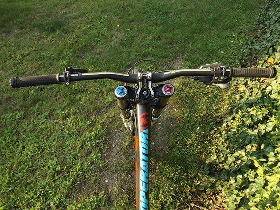 Kona *Peisupdate DH Bike Kona Operator Supreme Carbon Fox 40+ Vorderrad