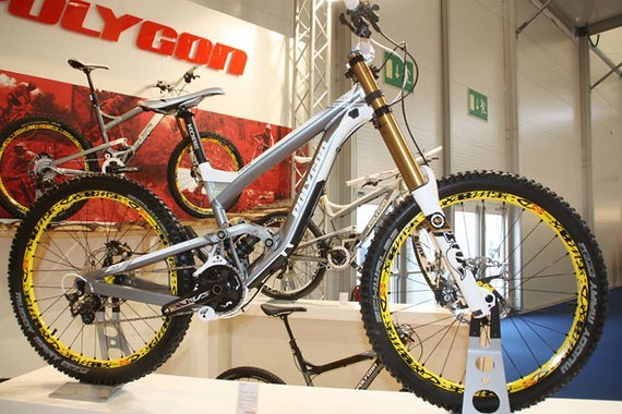 Polygon Collosus Dhx Downhill NEU !