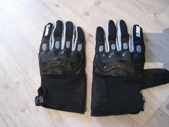 100% Handschuhe L