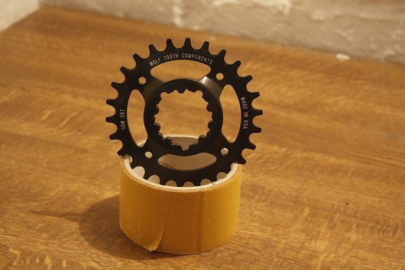 Wolf Tooth Components SDM 26T