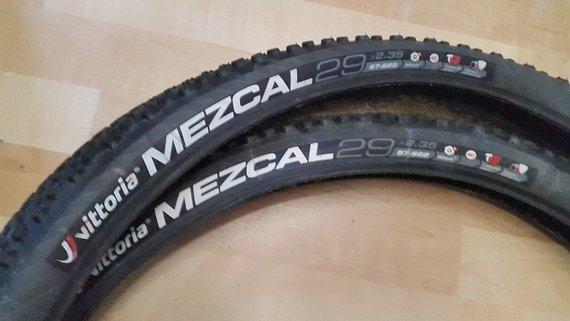 Vittoria 2x MEZCAL 29 x 2,35 MTB Reifen graue Flanke TNT TL