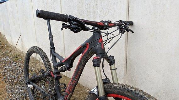 Specialied Stumpjumper Carbon 29 L