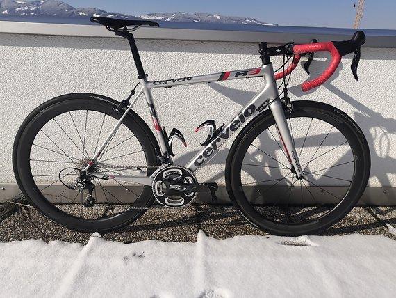 Cervelo R3 Carbon mit Roval CLX50 Carbon Laufräder
