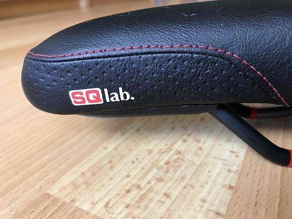 SQlab 602 DS Active Trekking Fahrradsattel, schwarz 16CM