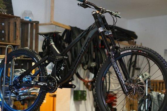 NS Bikes Fuzz 27,5 Downhill Bike 2020