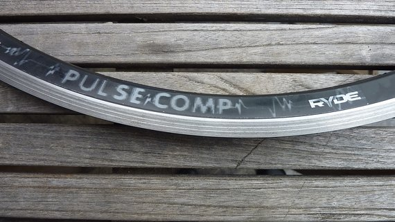 Ryde Pulse Comp Clincher, 32 Loch