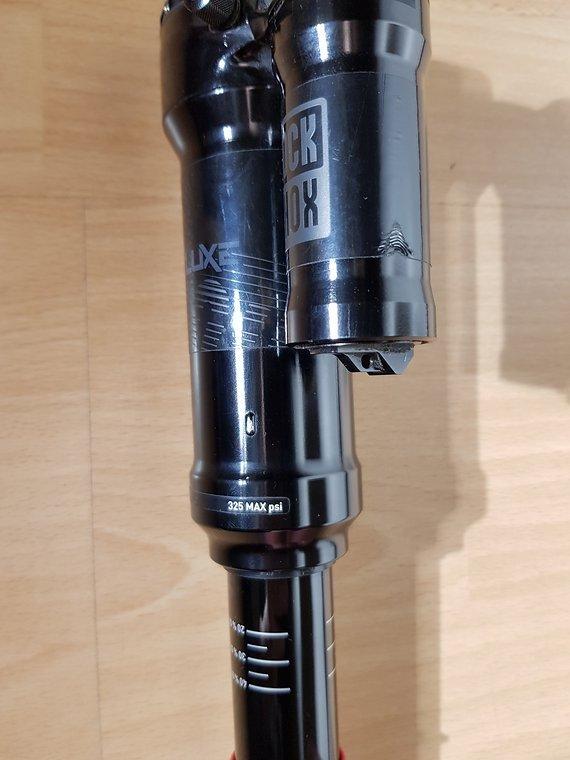 RockShox Super Deluxe R  250 x 75