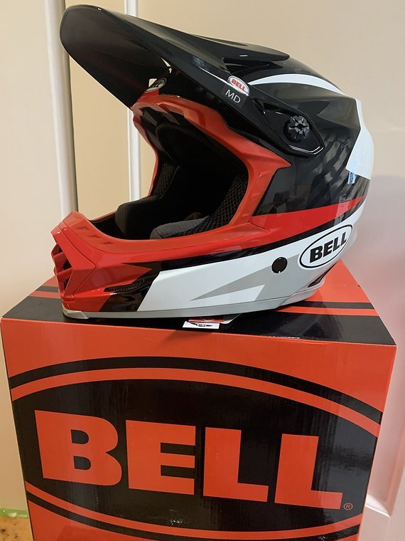 Bell Full 9 Carbon Neu Full Carbon 1130g / NEU Gr. M